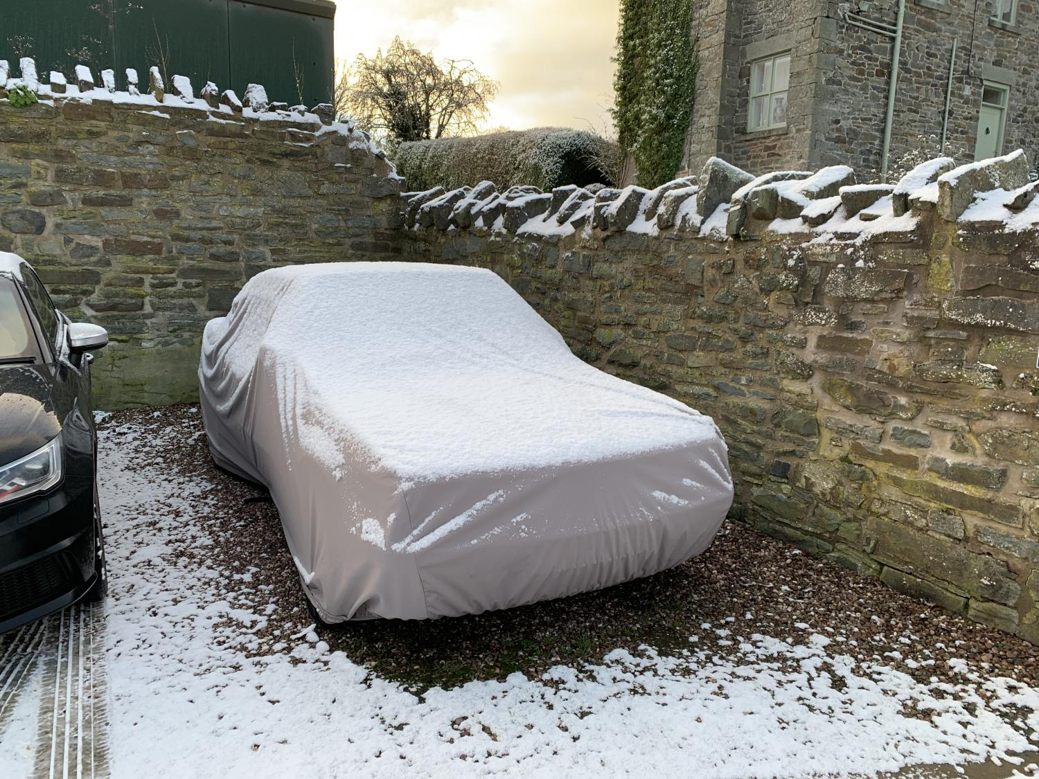 ultimate outdoor car cover in outdoor car covers. Black Bedroom Furniture Sets. Home Design Ideas