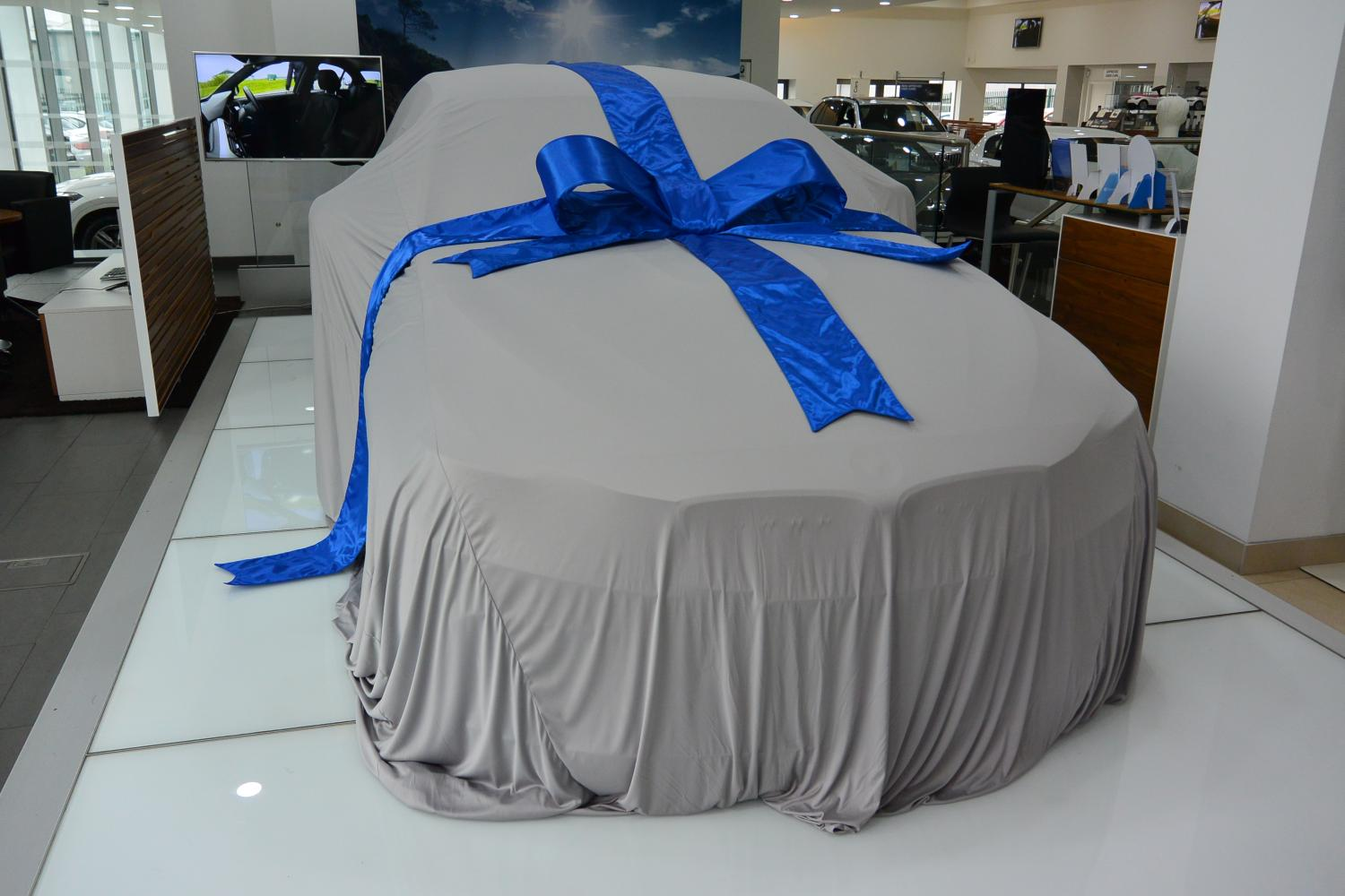 Zingy Reveal Launch Car Cover In Reveal Launch Car Covers